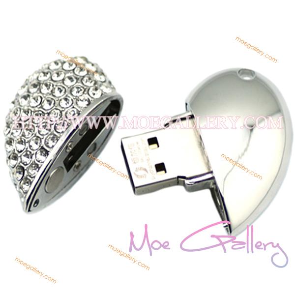 Love 8G USB Flash Drive 01